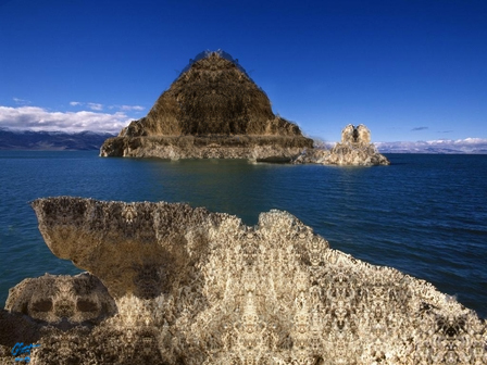 http://www.nobledreams.co.uk/uploads/117_pyramid_lake.jpg